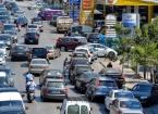 Lübnan'da Uzun Kuyrukların Oluştuğu Benzin İstasyonlarında 'Akaryakıtın Tümüyle Tükenmek Üzere' Olduğu Uyarısı