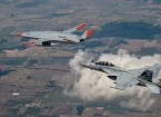Tarihte Bir İlk: İHA, Havada Bir Uçağa Yakıt İkmali Yaptı