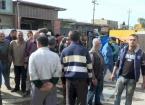 Kerkük'te Sanayi Bölgesindeki Dükkan Sahipleri Gösteri Düzenledi