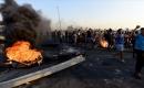 Göstericiler, Basra'da Petrol Kuyularına Giden Yolu Kapattı