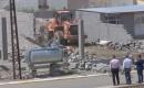 Kerkük'te Rahimava Bölgesinde Kaçak Yapılar Yıkıldı